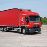 Renault Keeps It Simple On A 26 Tonner